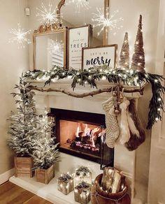 Christmas Room, Christmas Mantels, Very Merry Christmas, Christmas In July, Little Christmas, Christmas Crafts, Christmas Decorations, Christmas Ideas, White Christmas
