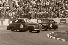 Holden's racing at Oran Park.