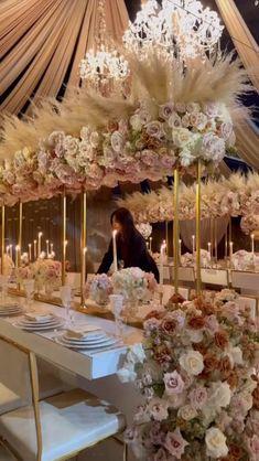 White Wedding Decorations, Luxury Wedding Decor, Romantic Wedding Decor, Wedding Reception Centerpieces, Wedding Arrangements, Bridal Shower Decorations, Wedding Table, Floral Wedding, Feather Centerpieces