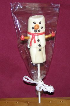 Frosty the Snowman Chocolate Dipped Marshmallows