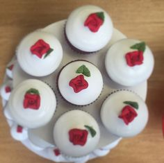 Nuestro Red Velvet Granola, Cupcakes, Red Velvet, Baking, Desserts, Inspiration, Food, Gourmet, Food Cakes