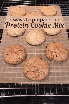This protein cookie mix can be prepared with dairy butter, almond butter, or just water. And delicious. This protein cookie mix can be prepared with dairy butter, almond butter, or just water. And delicious. White Chocolate Recipes, Chocolate Pastry, Homemade Chocolate, Melting Chocolate, Chocolate Chip Cookies, Protein Cake, Protein Cookies, Baby Biscuit Recipe, Biscuit Spread