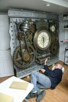Wall Clock Design 321655598383533298 - Steampunk wall clock, construction Source by autheman Steampunk Interior, Steampunk Home Decor, Steampunk Artwork, Steampunk Furniture, Steampunk Clock, Steampunk Design, Mode Steampunk, Steampunk Gadgets, Steampunk House