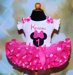 Minnie Mouse First Birthday Girl's Tutu por LittleKeikiBouTiki