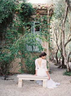 Provence in Autumn shoot by Rylee Hitchner, styling by Joy Proctor, florals by Kelly Kaufman