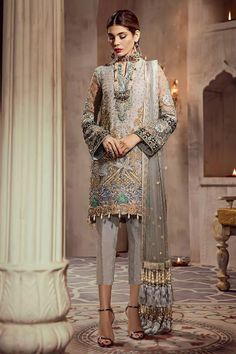 Pakistani Salwar Suits: Traditionally and Beautifully crafted by Indian and Pakistani Fashion Designers Pakistani Salwar Suits at best rates from SalwarsUK Pakistani Salwar Kameez, Pakistani Dresses, Salwar Suits, Pakistani Suits Online, Eid Dresses, Silk Dupatta, How To Dye Fabric, Wedding Suits, Traditional Outfits