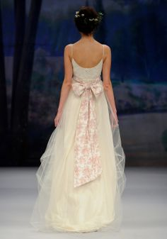 Claire Pettibone - AMELIE   Spring 2012 Hi-lo cotton bubble skirt lined in toile with tulle overlay and toile sash