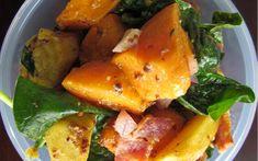 Kumara, bacon and spinach salad Salad Recipes, Healthy Recipes, Healthy Meals, Bacon Salad, Spinach Salad, Clean Eating, Healthy Eating, Sweet Potato