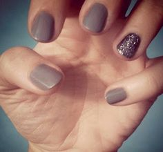 Grayish-taupe polish with a silver glitter accent nail