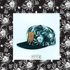 Estampa Floral desenvolvida para a marca Heir. Encontre em www.heir.com.br 