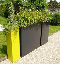 Galerie photos bacs sur mesure IMAGE'IN: IRF - Des jardinières en brise vue Outdoor Decor, Plant Stand, Garden Design, Green, Plants, Outdoor, Outdoor Storage Box, Planters, Terrace