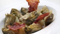 Receta de Alcachofas con patata, refrito y jamón