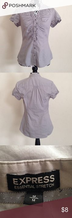 Express Medium Top Good used condition Express Tops Button Down Shirts