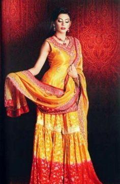 Pakistani Mehndi Dresses 2014 | Pakistani Mehndi Designs 2014 for Girls Check out more desings at: http://www.mehndiequalshenna.com/