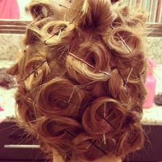 No Heat Hairstyles an entire month without a blow dryer, curling iron or straightener. Overnight curls, Heatless waves and No heat waves. No Heat Hairstyles, Curled Hairstyles, Pretty Hairstyles, Straight Hairstyles, Heatless Hairstyles, Wedding Hairstyles, Hair Colorful, Belleza Diy, Curly Hair Overnight