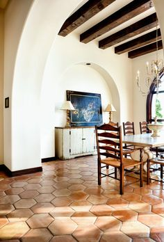 Arched inset for hutch or buffet - Spanish style hacienda, Austin, Texas http://www.houzz.com/photos/2768531/Lake-Conroe-Spanish-traditional-dining-room-austin