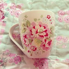 Pretty Pink Ruffles & Teacups