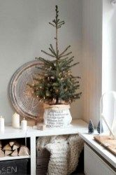 Beautiful christmas decoration ideas in white vintage (16)