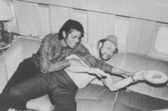 <3 Michael Jackson <3 - Fighting Berry Gordy for a piece of cake :)