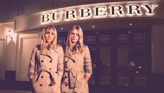 Burbery Şanghay'da açtığı yeni mağazası için kendi moda haftasını yarattı. Detaylar lofficiel.com.tr'de. www.lofficiel.com.tr