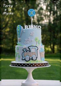 travel choo choo train cake
