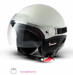 Vespa helmet #Vespa #scooter #merchandising #helmet #white