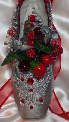 Nutcracker mouse decorated pointe shoe. by DesignsEnPointe on Etsy
