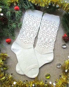 2001c3d0f7311 Купить Вязаные шерстяные ажурные носки полугольфы Новогодняя сказка -  белый, ажурные носки