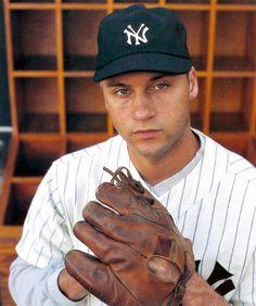 NY Yankees - Derek Jeter in a vintage Yankees cap, jersey, and glove. Yankees Baby, Damn Yankees, New York Yankees Baseball, Yankees Logo, Baseball Players, Baseball Teams, Baseball Stuff, Cardinals Baseball, Mlb Teams