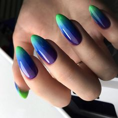 Nail Designs and Ideas 2019 Any lady who cares about how she looks thinks what manicure will best fit the chosen outfit and what types of nails are in the trend at a time. Green Nail Polish, Green Nails, White Nails, Gel Polish, Types Of Manicures, Types Of Nails, Moon Manicure, Nailed It, Trendy Colors