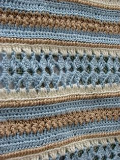 Soft Shells Baby Blanket Mile a Minute free pattern http://web.archive.org/web/20100305160405/http://www.caron.com/projects/baby/ssb_soft_shells.html