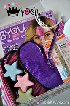 Posh Pak: Monthly Subscription Box for Girls {August 2014} #tweens #girls #monthlysubscription