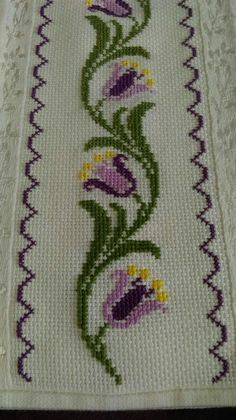 The most beautiful cross-stitch pattern - Knitting, Crochet Love Cross Stitch Bookmarks, Cross Stitch Rose, Cross Stitch Borders, Cross Stitch Flowers, Cross Stitch Designs, Cross Stitching, Cross Stitch Patterns, Hand Embroidery Stitches, Cross Stitch Embroidery