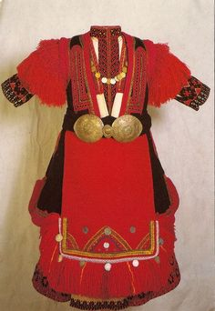 Traditional festive costume from Mariovo (Southern Macedonia).  Early 20th century.