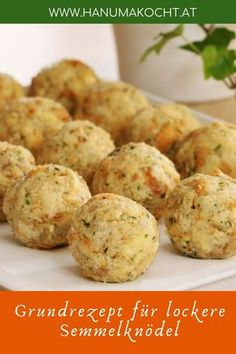 Bread dumplings are a specialty of southern German, Austrian and Bavarian . - Bread dumplings are a specialty of southern German, Austrian and Bohemian cuisine, which comes in d - Authentic Mexican Recipes, Mexican Dinner Recipes, Sicilian Recipes, Greek Recipes, Bread Dumplings, Fall Soup Recipes, Austrian Recipes, Cooking Recipes, Low Carb Recipes