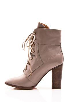 Blush ankle boots / Envy
