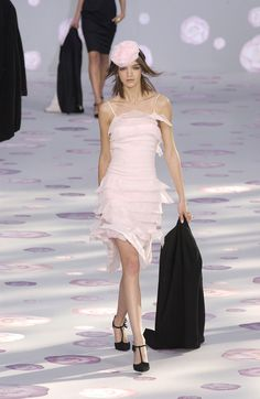 Chanel Spring 2002 Couture