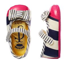 Juicy Couture zapatitos para bebés http://www.minimoda.es