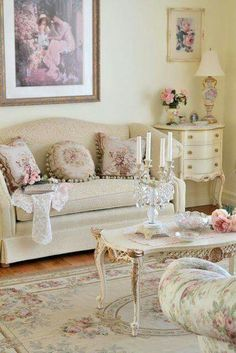 Sweetly Feminine, Subtly Shabby Living Room Decor At Its Loveliest. Shabby  Chic Living Room Home Decor Vintage