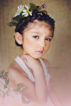 Children's whimsical photography, Fine art portraits, Chicago children's photography ,Liz Franco Photography    © Liz Franco Photograph