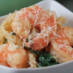 Creamy One-pot Spinach Shrimp Pasta 10 Creamy Satisfying Pasta Dishes Shrimp Recipes, Pasta Recipes, Cooking Recipes, Dishes Recipes, Spinach Recipes, Chef Recipes, Tasty Videos, Food Videos, Recipe Videos