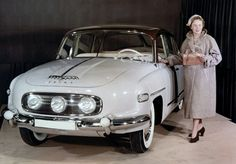K mání je vzácná původní Tatra 603 ještě s trojicí světel, originál číslo 725 stojí majlant | Autoforum.cz Volkswagen, Toyota, Antique Cars, Cool Photos, Photo Galleries, Nostalgia, Ford, Antiques, Gallery