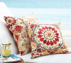 Barcelona floral outdoor/indoor pillows  http://rstyle.me/n/i6uirpdpe