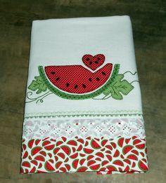 Heart with watermelon - - - Pano de prato Atelie Biacriz e Arte Sewing Appliques, Applique Patterns, Applique Designs, Quilt Patterns, Embroidery Designs, Applique Towels, Applique Quilts, Embroidery Applique, Machine Embroidery