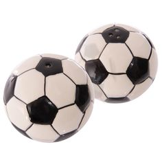 Ceramic Football Salt & Pepper Set !FREE UK P&P!