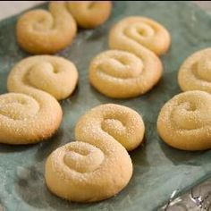 Griechische Butterkekse (Koulourakia) Rezept mit Grammangaben