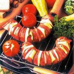 Egy finom Fokhagymás-sajtos töltött virsli ebédre vagy vacsorára? Fokhagymás-sajtos töltött virsli Receptek a Mindmegette.hu Recept gyűjteményében! Carrots, Main Dishes, Sausage, Grilling, Food And Drink, Pumpkin, Vegetables, Main Course Dishes, Entrees