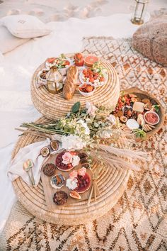 BEACH PICNIC – Spell & the Gypsy Collective