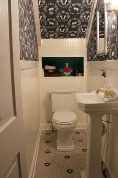 powder room under stairs Bathroom Under Stairs, Basement Bathroom, Basement Laundry, Tiny Bathrooms, Small Bathroom, Bathroom Ideas, Bathroom Plants, Bathroom Makeovers, Bath Ideas
