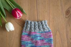 Vaihtelua sukanvarteen: 6 helppoa resorimallia - Pariton rasa Knitting Stitches, Knitted Hats, Knit Crochet, Beanie, Crochet Ideas, Crocheting, Villa, Socks, Projects